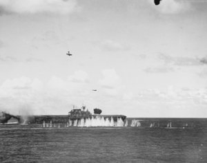 Japanese_aircraft_attack_USS_Hornet_(CV-8)_during_the_Battle_of_the_Santa_Cruz_Islands_on_26_O...jpg