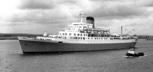 Windsor Castle 1 leaving Southampton (Large).JPG
