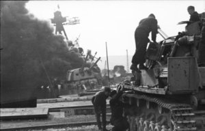 Bundesarchiv_Bild_101I-027-1451-10,_Toulon,_Panzer_IV.jpg