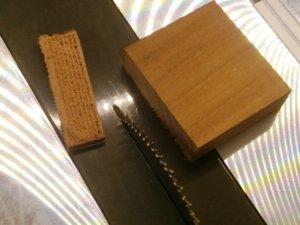 výroba kolíčků na vrtacím stojanu (4).JPG
