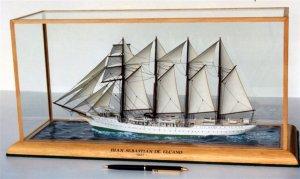 Juan Sebastian de Elcano Model (Large).JPG