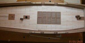 napíchané kolíky středu paluby (3).JPG