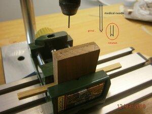 výroba kolíčků na vrtacím stojanu (2).JPG
