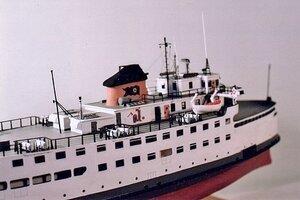 S.S. NAUSHON  midship starboard view -Rex Stewart.JPG