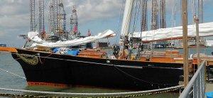 Yacht-america-04.jpg