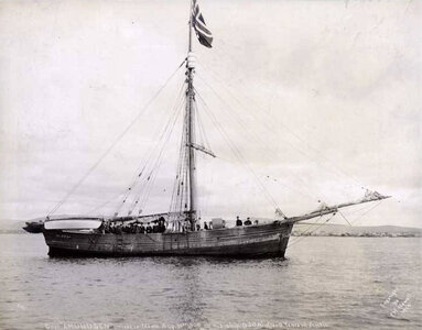 Nome-1906-roald-amundsen.jpg