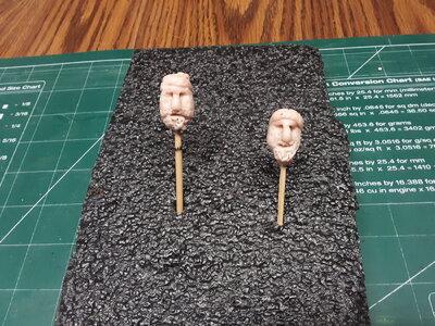 374 Fluit, Zeehaen clay faces.jpg