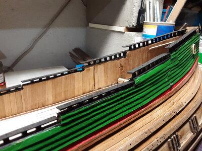 379 Fluit, Zeehaen railings.jpg