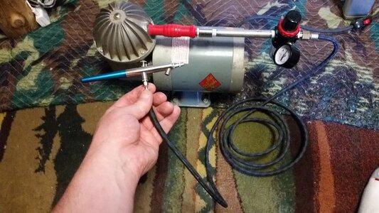 098 Air Brush Setup.jpg