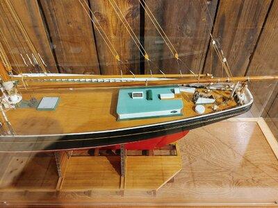 Bluenose Model by Capt George Myra , Aft.jpg