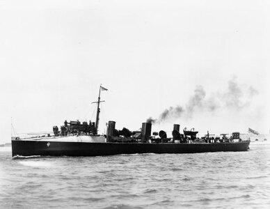 HMS_Chamois_(1896)_IWM_Q_038460.jpg