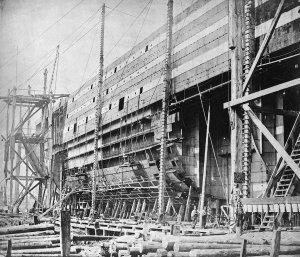 1024px-The_Great_Eastern_under_construction_at_Millwall_(4313594000).jpg
