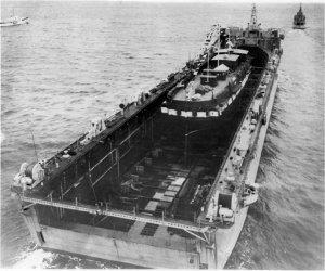 con1955_floating_drydock.jpg