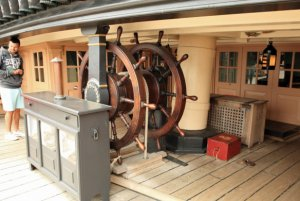 9portsmouth-hms-victory-steering-station.jpg
