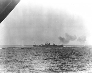 USS_Wichita_(CA-45)_under_fire_off_Casablanca_on_8_November_1942.jpg
