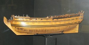 Model_of_HMS_Captain_(1678)_hull_after_1708_rebuild.jpg