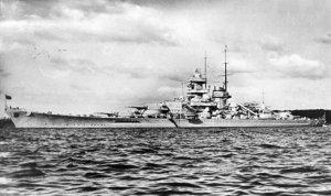 Bundesarchiv_DVM_10_Bild-23-63-21,_Schlachtschiff__Gneisenau_.jpg