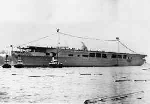 1280px-Graf-Zeppelin-2.jpg