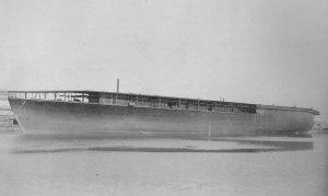 1280px-Japanese_aircraft_carrier_Hōshō1921.jpg