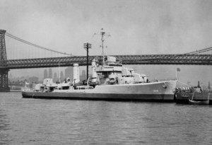 USS_Turner_(DD-648).jpg