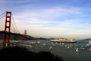 1280px-RMS_Queen_Mary_2_in_san_francisco_bay.jpg