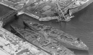 1920px-Hamburg_port_NARA-68155073_(cropped).jpg