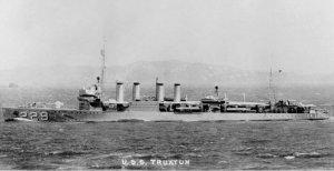 USS_Truxtun_(DD-229).jpg
