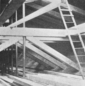 SS_Roosevelt_(1905)_hull_trusses.JPG