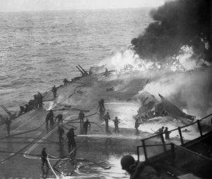 USS_Saratoga_Kamikaze_hit_21_February_1945.jpg