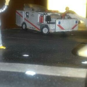 P 25 Flight Deck Fire Truck (low front view)